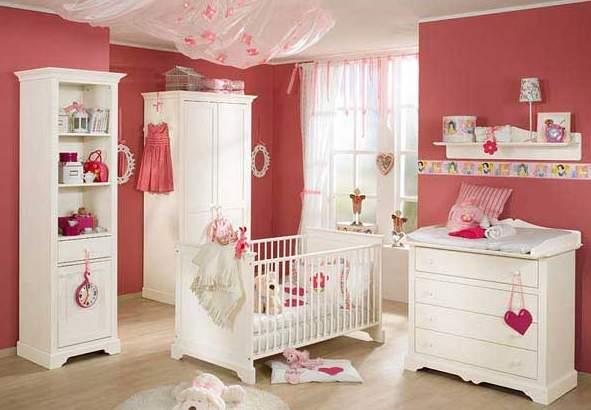 Pokój dla niemowlęcia, dziewczynka